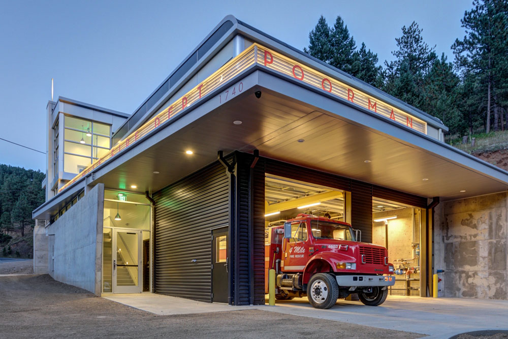 CaseyCliffordArchitecture_FourmileFireStation_Idiam_2015_GlenDelmanPhotography-19